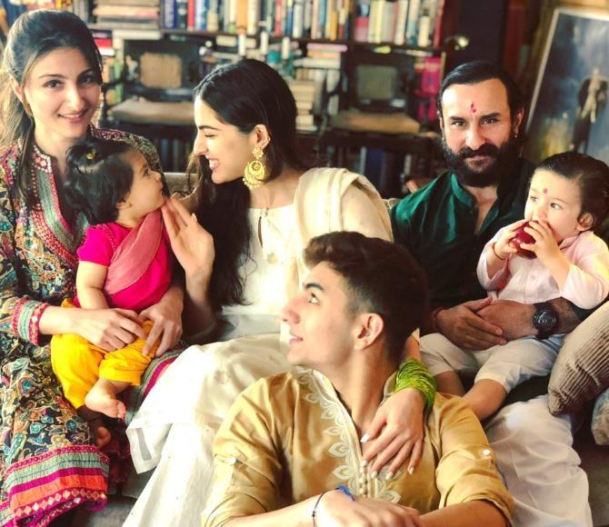 Sara, Ibrahim, Taimur Ali Khan And Inaaya Naumi Kemmu's ... Saif Ali Khan Wife List